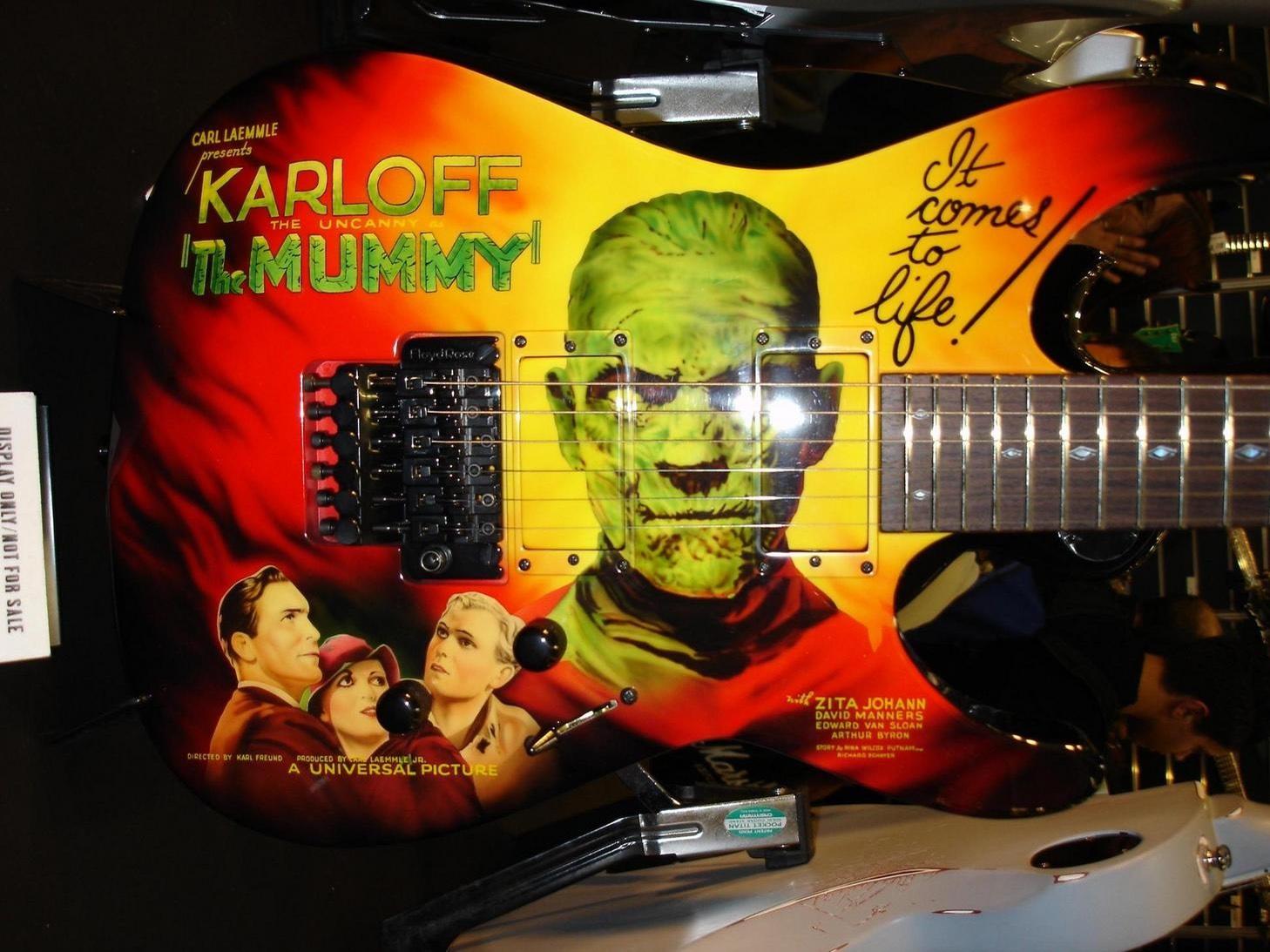 Kirk Hammett Mummy Karloff Guitar